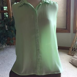 NEW Forever 21 Sleeveless Blouse